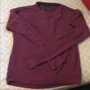 Under Armour sweatshirt medium